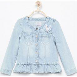 Jeansowa kurtka - Niebieski. Niebieskie kurtki i płaszcze dla dziewczynek Reserved, z jeansu. Za 89.99 zł.