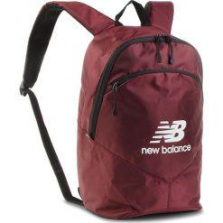 Plecak NEW BALANCE - NTBBAPK8BG Burgundy. Czerwone plecaki damskie New Balance, z materiału, sportowe. Za 99.99 zł.