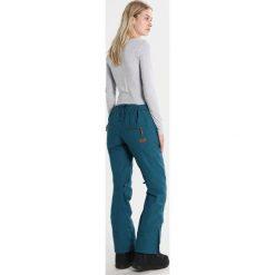 Roxy CABIN Spodnie narciarskie ink blue. Spodnie sportowe damskie Roxy, z materiału, sportowe. W wyprzedaży za 719.10 zł.