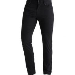 Peak Performance BARROW Spodnie materiałowe black. Spodnie materiałowe męskie Peak Performance, z materiału, sportowe. Za 419.00 zł.