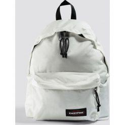 Eastpak Plecak Padded Pak'r - White. Białe plecaki damskie Eastpak, w paski. Za 202.95 zł.