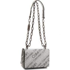 Torebka CALVIN KLEIN - Ck Candy Small Cross K60K604383 910. Szare torebki do ręki damskie Calvin Klein, ze skóry ekologicznej. W wyprzedaży za 439.00 zł.