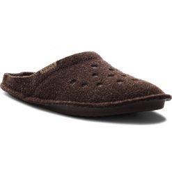 Kapcie CROCS - Classic Slipper 203600 Espresso/Walnut. Brązowe kapcie damskie Crocs, z materiału. Za 129.00 zł.