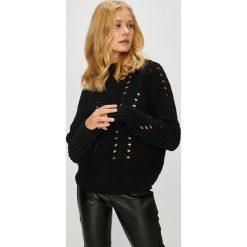 Vero Moda - Sweter Nila. Brązowe swetry damskie Vero Moda, z dzianiny. W wyprzedaży za 99.90 zł.