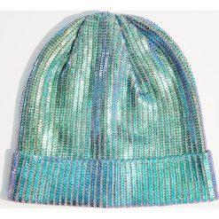 Czapka z metalicznym połyskiem - Niebieski. Niebieskie czapki i kapelusze damskie Mohito. Za 39.99 zł.
