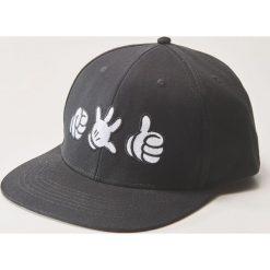 Czapka z daszkiem Disney - Czarny. Czarne czapki i kapelusze męskie House. Za 39.99 zł.