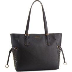 Torebka PUCCINI - BT28561  1. Czarne torebki do ręki damskie Puccini, ze skóry ekologicznej. W wyprzedaży za 195.00 zł.