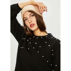 Vero Moda - Sweter. Czarne swetry damskie Vero Moda, z dzianiny, z okrągłym kołnierzem. W wyprzedaży za 149.90 zł.