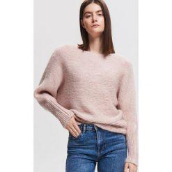 Sweter nietoperz - Różowy. Czerwone swetry damskie Reserved. Za 139.99 zł.