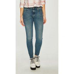 Wrangler - Jeansy Body Bespoke. Niebieskie jeansy damskie Wrangler. Za 329.90 zł.