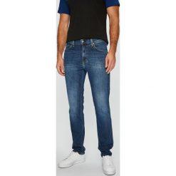 Mustang - Jeansy Tramper. Niebieskie jeansy męskie Mustang. Za 269.90 zł.
