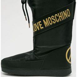 Love Moschino - Śniegowce. Czarne śniegowce i trapery damskie Love Moschino, z gumy. Za 499.90 zł.