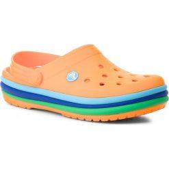 Klapki CROCS - Cb Rainbow Band Clog 205212 Blazing Orange. Brązowe klapki damskie Crocs, z tworzywa sztucznego. W wyprzedaży za 149.00 zł.