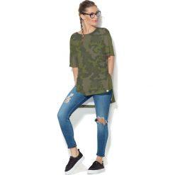 Colour Pleasure Koszulka CP-033  35 moro r. uniwersalny. T-shirty damskie Colour Pleasure, moro. Za 76.57 zł.