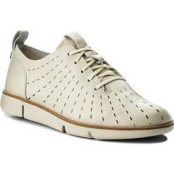 Półbuty CLARKS - Tri Etch 261325294 White Leather. Brązowe półbuty damskie Clarks, z materiału. W wyprzedaży za 319.00 zł.