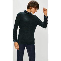 Medicine - Sweter Basic. Czarne swetry damskie MEDICINE, z dzianiny, z dekoltem w łódkę. Za 99.90 zł.