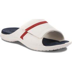 Klapki CROCS - Modi Sport Slide 204144 White/Navy/Pepper. Białe klapki damskie Crocs, z tworzywa sztucznego. W wyprzedaży za 139.00 zł.