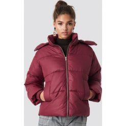 NA-KD Trend Kurtka watowana - Burgundy. Czerwone kurtki damskie NA-KD Trend, z materiału. Za 283.95 zł.
