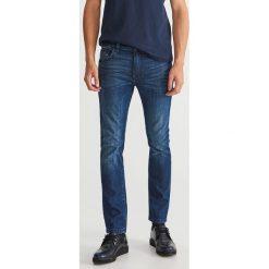 Jeansy slim fit - Niebieski. Niebieskie jeansy męskie Reserved. Za 149.99 zł.
