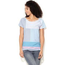 Colour Pleasure Koszulka damska CP-034  27 niebiesko-szaro-różowo-biała r. XS-S. T-shirty damskie Colour Pleasure. Za 70.35 zł.