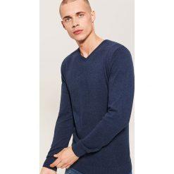 Sweter basic - Granatowy. Niebieskie swetry przez głowę męskie House. Za 69.99 zł.