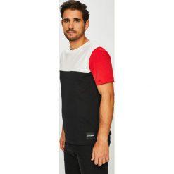 Calvin Klein Jeans - T-shirt. Brązowe bluzki z długim rękawem męskie Calvin Klein Jeans, z bawełny, z okrągłym kołnierzem. Za 229.90 zł.