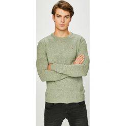 Hilfiger Denim - Sweter. Szare swetry przez głowę męskie Hilfiger Denim, z bawełny, z okrągłym kołnierzem. W wyprzedaży za 239.90 zł.