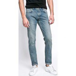 Marciano Guess - Jeansy Tommy. Niebieskie jeansy męskie Marciano Guess. W wyprzedaży za 379.90 zł.