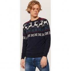 Sweter ze skandynawskim motywem - Granatowy. Niebieskie swetry przez głowę męskie House. Za 99.99 zł.