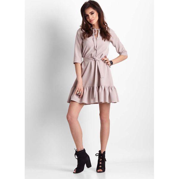 45d17ec705 Beżowa Trapezowa Sukienka z Falbanką - Sukienki damskie marki Molly ...