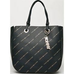 Tommy Hilfiger - Torebka. Czarne torby na ramię damskie Tommy Hilfiger. Za 629.90 zł.