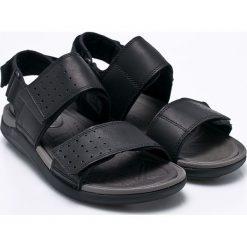 Clarks - Sandały Garratt Active. Czarne sandały męskie Clarks, z gumy. W wyprzedaży za 269.90 zł.
