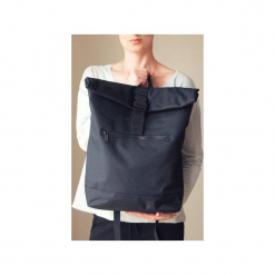 Czarny plecak kieszeń na laptopa. Czarne plecaki damskie One mug a day, z poliesteru. Za 129.00 zł.