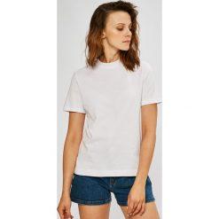 Calvin Klein Jeans - Top. Szare topy damskie Calvin Klein Jeans, z bawełny, z okrągłym kołnierzem, z krótkim rękawem. W wyprzedaży za 139.90 zł.
