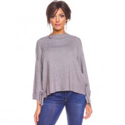 """Sweter """"Sonia"""" w kolorze szarym. Szare swetry damskie So Cachemire, z kaszmiru, z asymetrycznym kołnierzem. W wyprzedaży za 173.95 zł."""