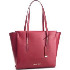 Torebka CALVIN KLEIN - Frame Large Shopper K60K604453 628. Czerwone torebki shopper damskie Calvin Klein, ze skóry ekologicznej. Za 649.00 zł.