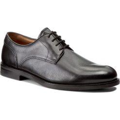 Półbuty CLARKS - Coling Walk 261193517 Black Leather. Czarne eleganckie półbuty Clarks, z materiału. W wyprzedaży za 369.00 zł.