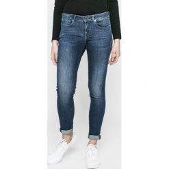 Guess Jeans - Jeansy Jegging. Niebieskie jeansy damskie Guess Jeans. W wyprzedaży za 359.90 zł.