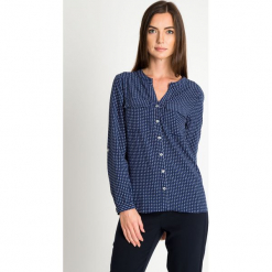 Granatowa koszula ze wzorem QUIOSQUE. Szare koszule damskie QUIOSQUE, z jeansu, biznesowe, z klasycznym kołnierzykiem, z długim rękawem. W wyprzedaży za 79.99 zł.
