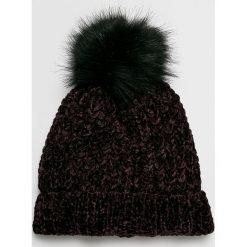 Vero Moda - Czapka. Czarne czapki i kapelusze damskie Vero Moda, z dzianiny. W wyprzedaży za 39.90 zł.