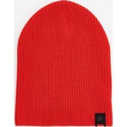 Czapka - Czerwony. Szare czapki i kapelusze męskie marki Giacomo Conti, na zimę, z tkaniny. W wyprzedaży za 29.99 zł.