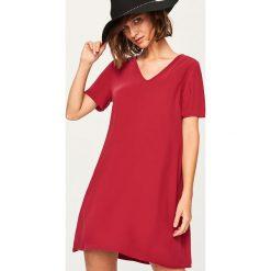 Sukienka mini - Bordowy. Czerwone sukienki damskie Reserved. Za 69.99 zł.