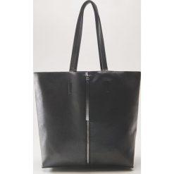 Torba shopper z ozdobnym zamkiem - Czarny. Czarne torebki shopper damskie House. Za 79.99 zł.
