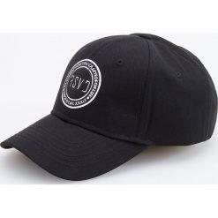 Czapka z daszkiem - Czarny. Czarne czapki i kapelusze męskie Reserved. Za 39.99 zł.