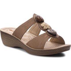 Klapki INBLU - GLAYOO06 Brązowy. Brązowe klapki damskie Inblu, ze skóry ekologicznej. Za 69.99 zł.