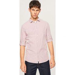 Koszula slim fit w paski - Czerwony. Czerwone koszule męskie Reserved, w paski. W wyprzedaży za 49.99 zł.