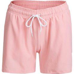 Spodenki damskie SKDT602 - pudrowy koral - Outhorn. Różowe szorty damskie Outhorn, z materiału. W wyprzedaży za 39.99 zł.