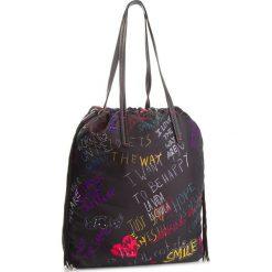 Torebka DESIGUAL - 18WAXF50 2000. Czarne torebki do ręki damskie Desigual, z materiału. W wyprzedaży za 189.00 zł.