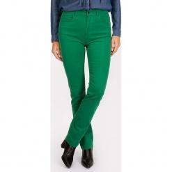"""Dżinsy """"Scottage"""" - Regular fit - w kolorze zielonym. Zielone jeansy damskie Scottage. W wyprzedaży za 86.95 zł."""