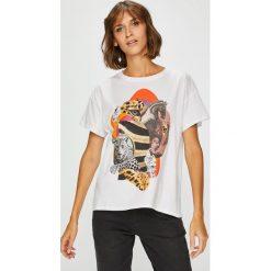 Medicine - Top by Barrakuz Collages, Street Art. Szare topy damskie MEDICINE, z nadrukiem, z bawełny, z okrągłym kołnierzem, z krótkim rękawem. W wyprzedaży za 39.90 zł.